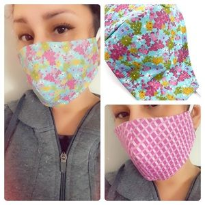 Reversible protective face mask